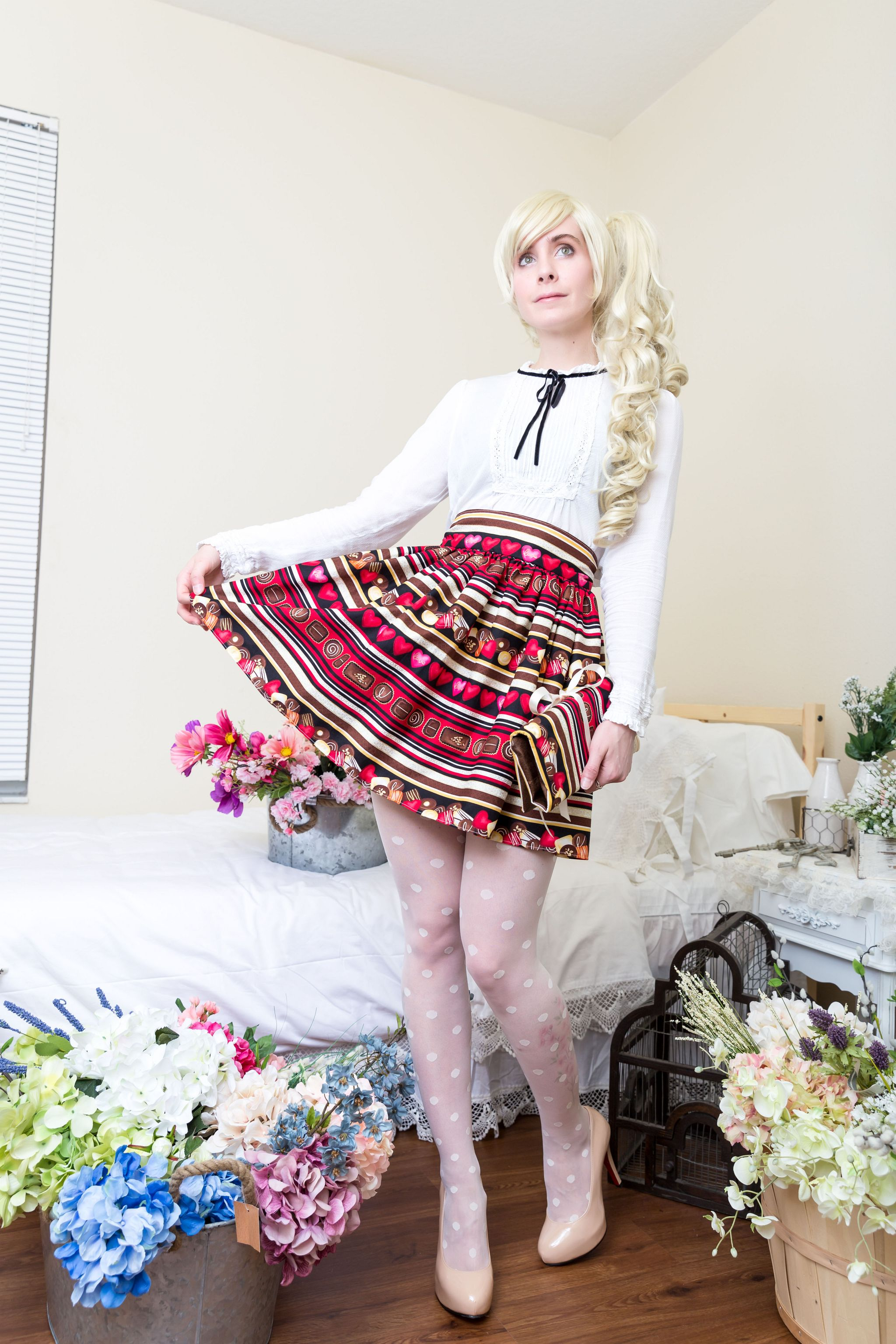 2048px-email-skirts-8450